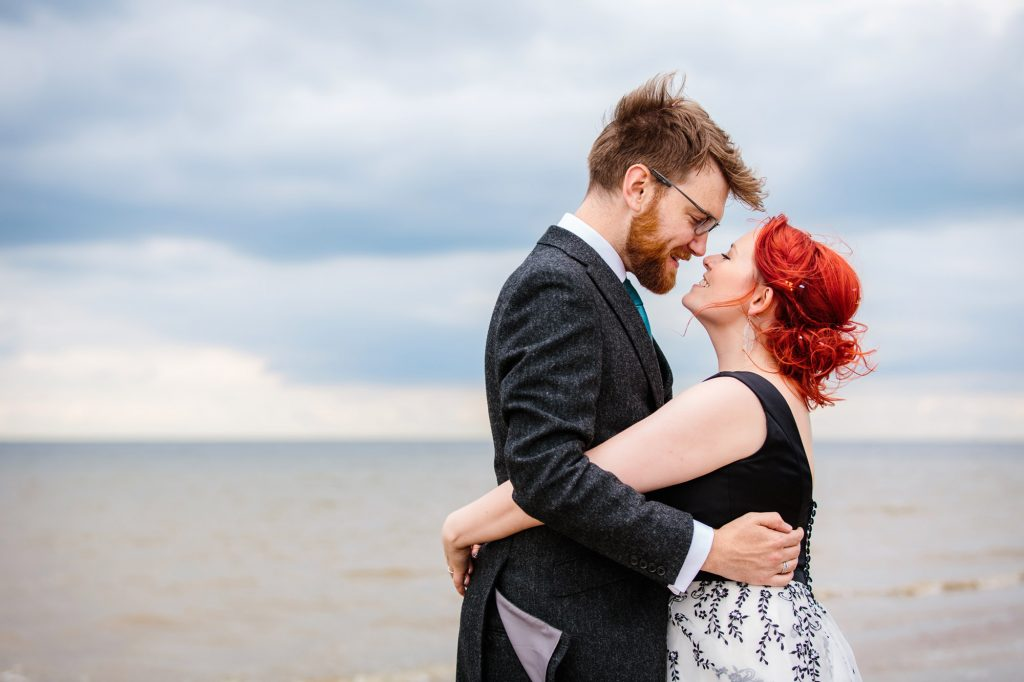 Beacon house wedding Whitstable – Ann & Matthew's fun beach wedding
