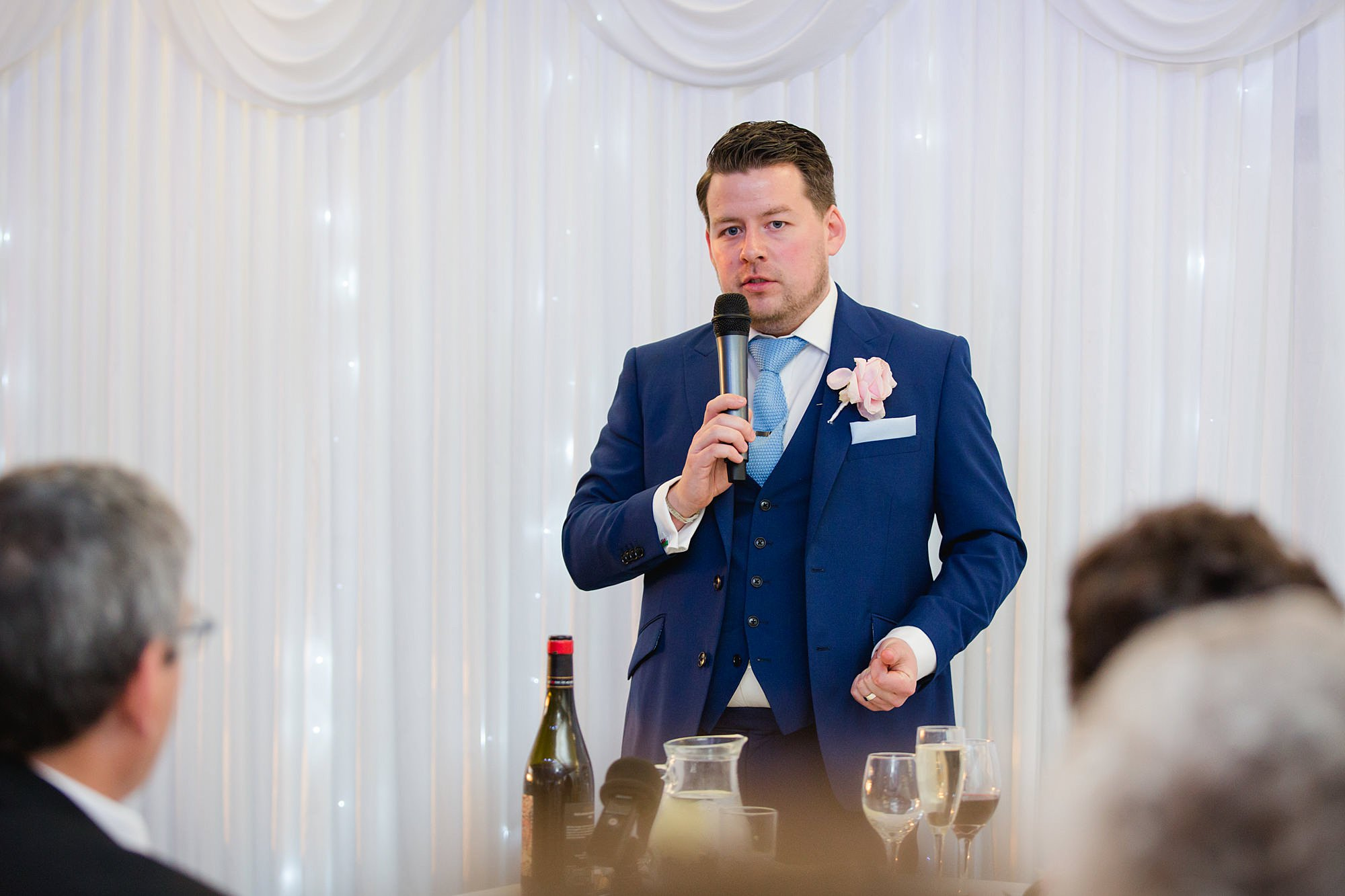 Bank of England Sports Centre wedding groom gives a speech