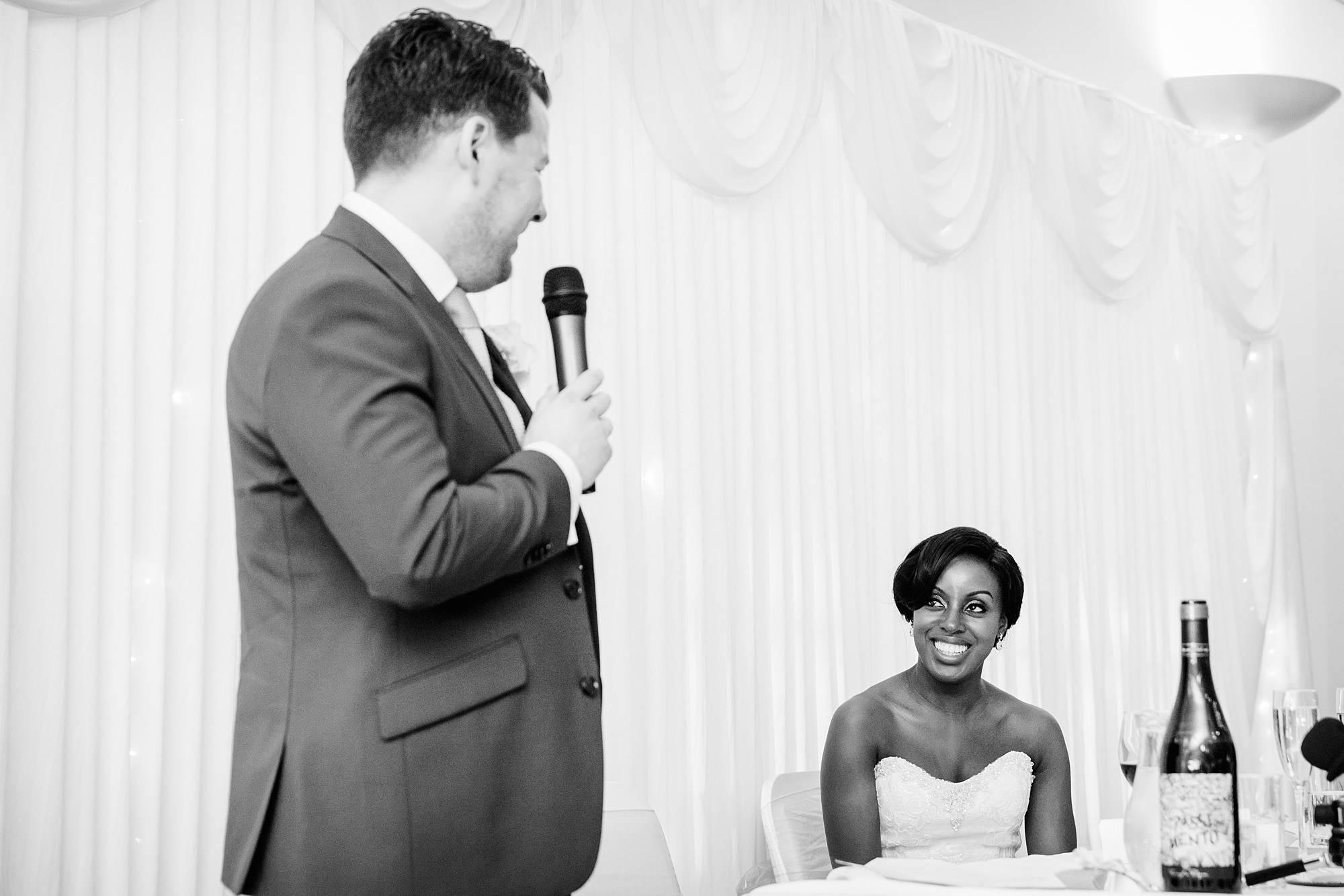 Bank of England Sports Centre wedding groom giving speech to bride