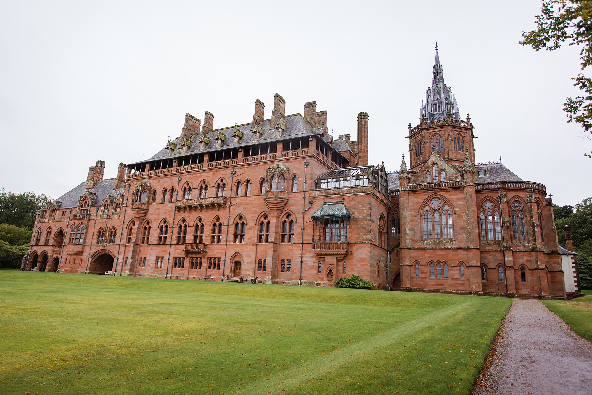 intimate wedding scotland Mount Stuart