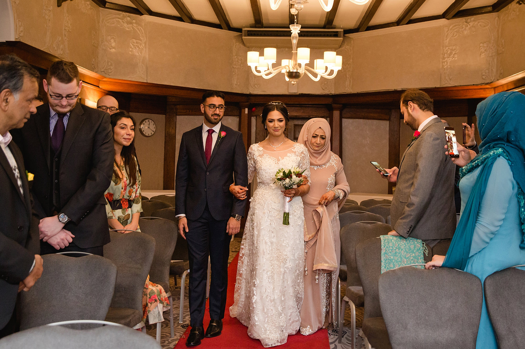 Richmond Hill Hotel wedding photography bride walking down the aisle