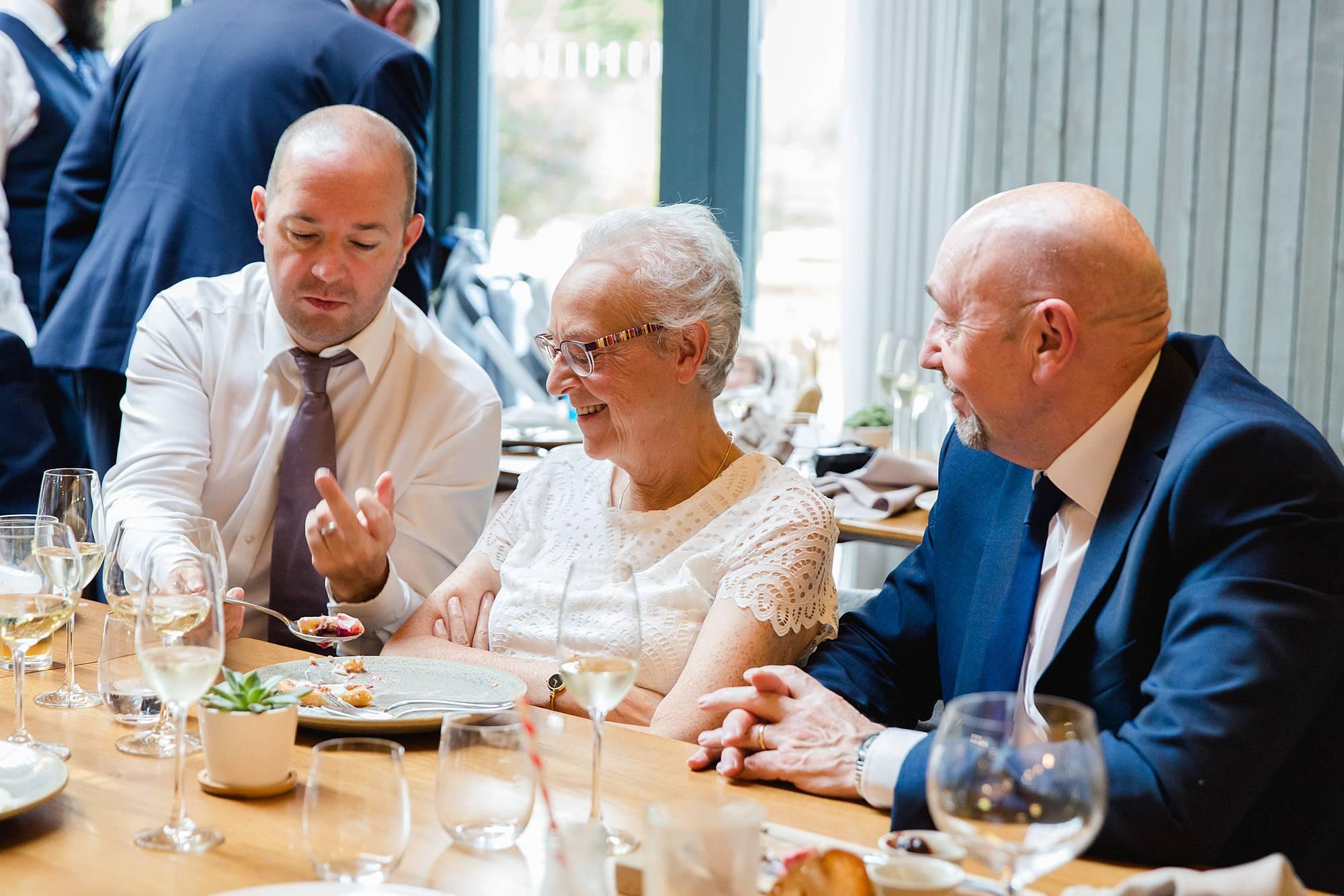 shaw house wedding guest steals some dessert