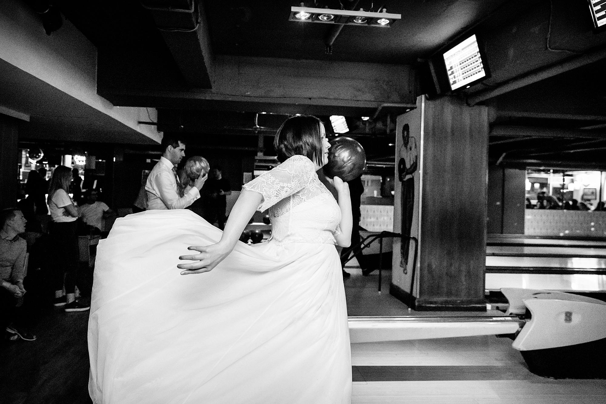 fun london wedding bowling bride prepares to bowl