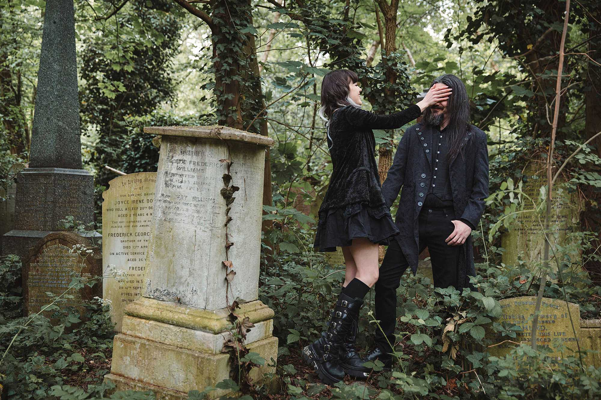 gothic engagement shoot cemetery