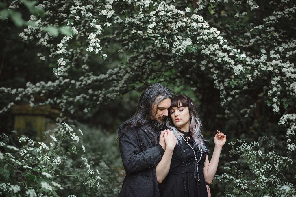 Gothic engagement shoot – Lisa & Jair