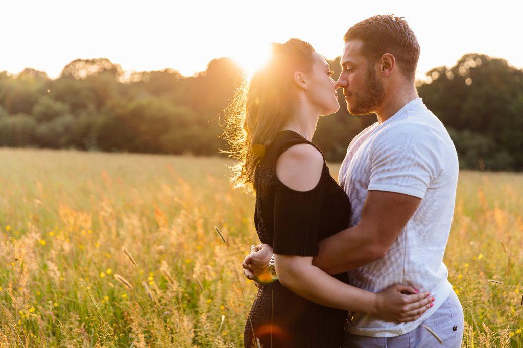 Summer enagagement shoot Trent park – Annalise and Tom