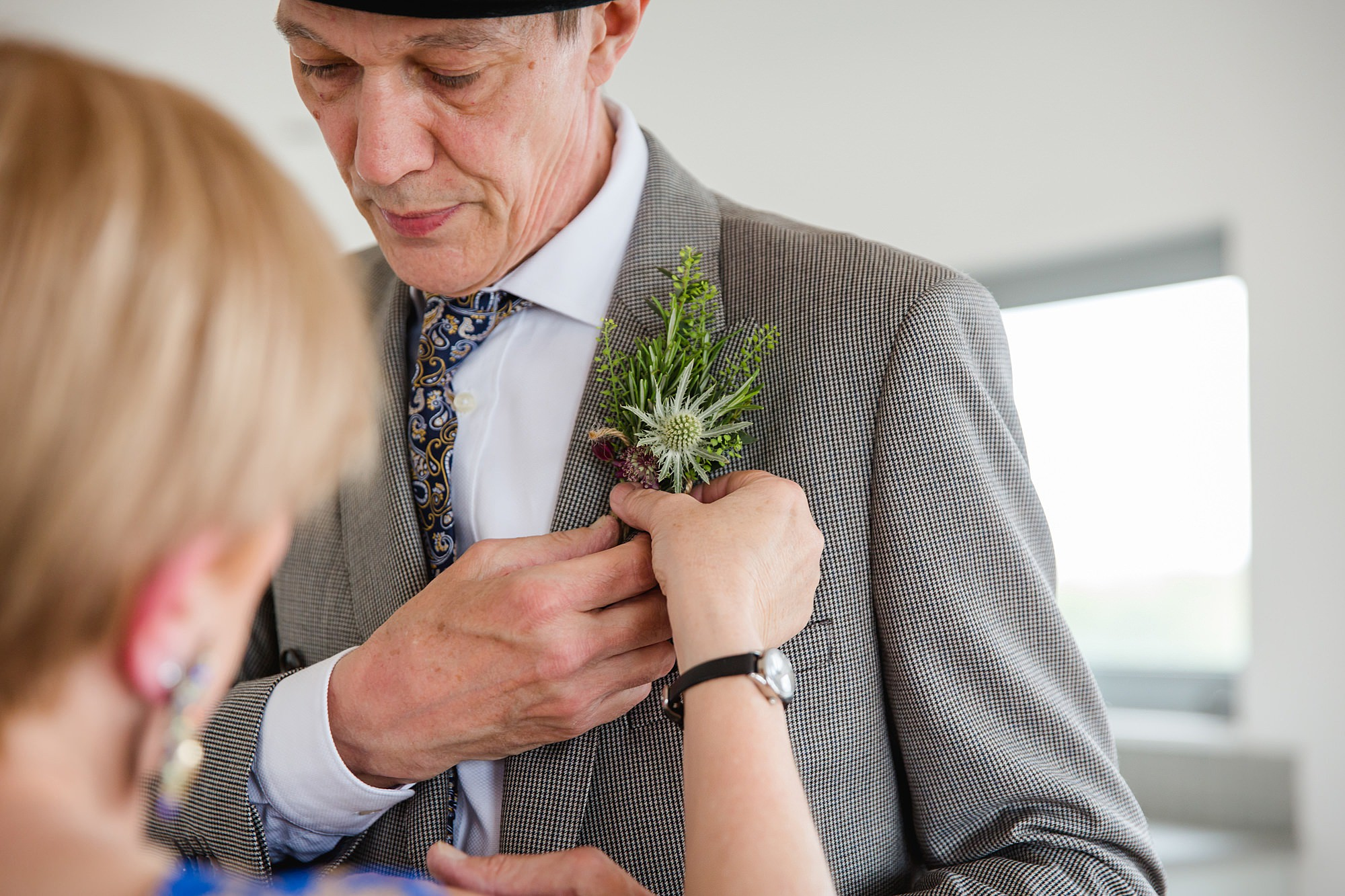 Brunel museum wedding father of bride has buttonhole applied
