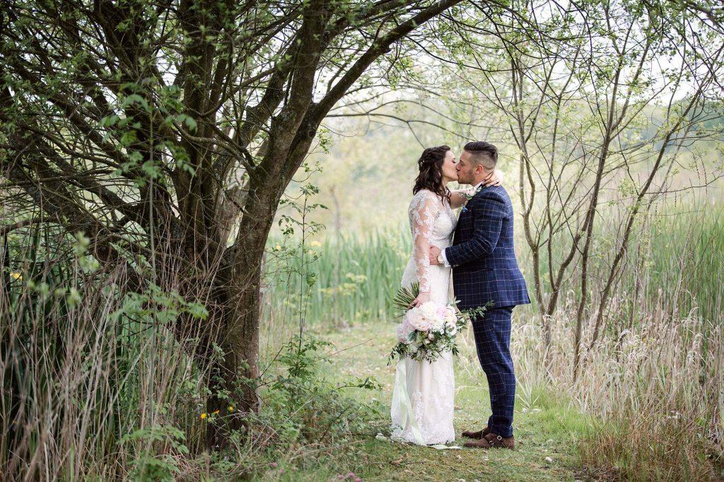 Humanist wedding Old Greens Barn – Annalise & Tom